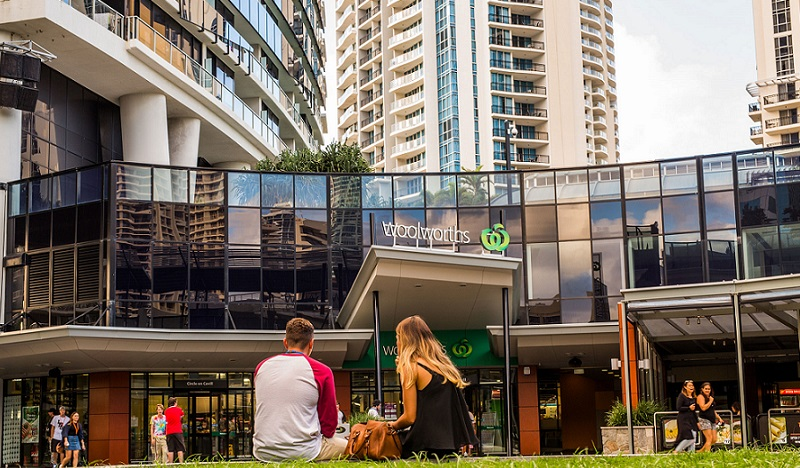 Loi Keong Kuong now owns the Gold Coast's Circle on Cavill which is anchored by Woolworths and also features a round grassed area.