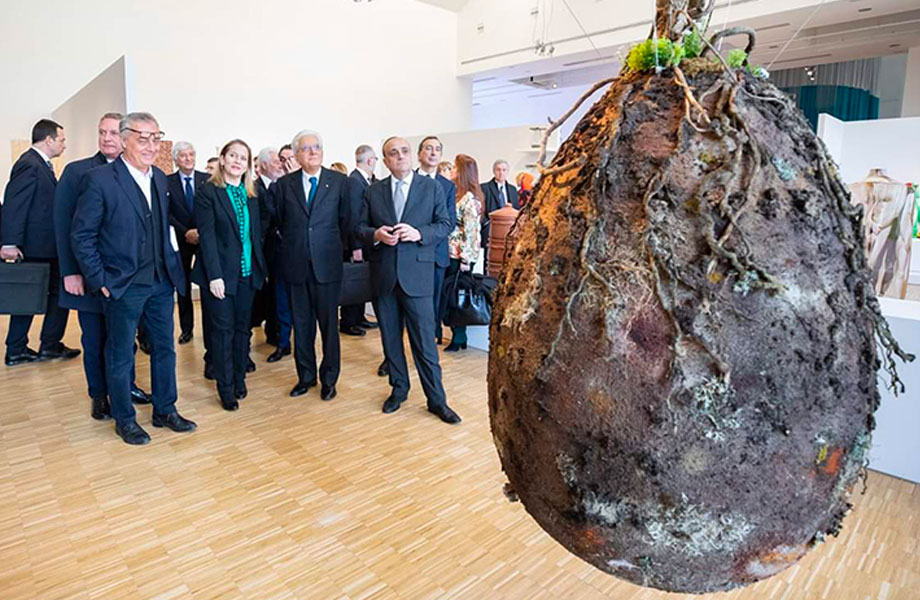Capsula Mundi on display: Italian President Sergio Mattarella at the XXII Triennale in Milan.