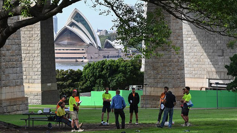 ▲ New South Wales announced on Friday it will fast-track the planning process for state significant developments, as workers are told to maintain social distancing measures.