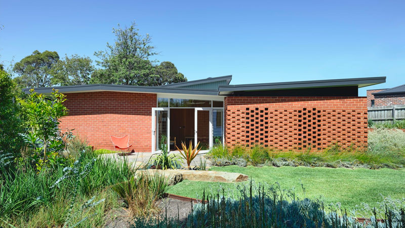 Frankston Mid Century Modern MRTN Architects
