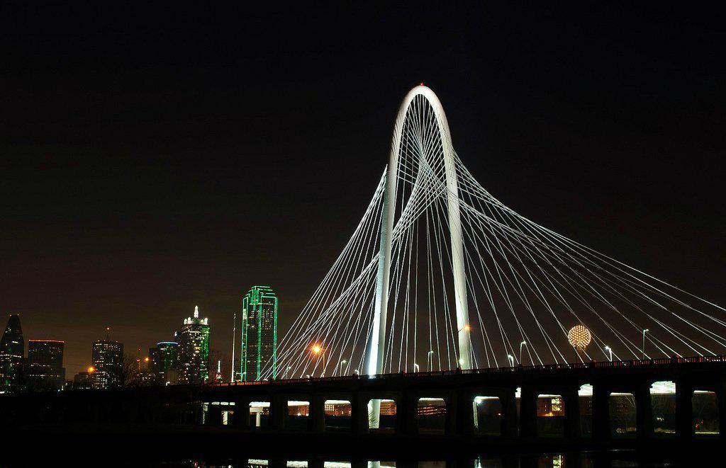 Santiago Calatrava's new Dallas Bridge