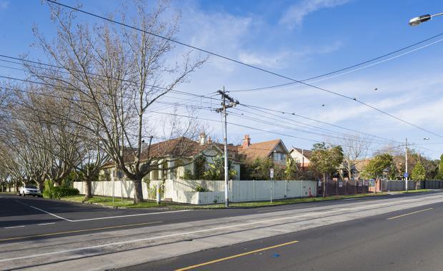 151203-1455-High-Street-and-2a-Scott-Grove_620x380