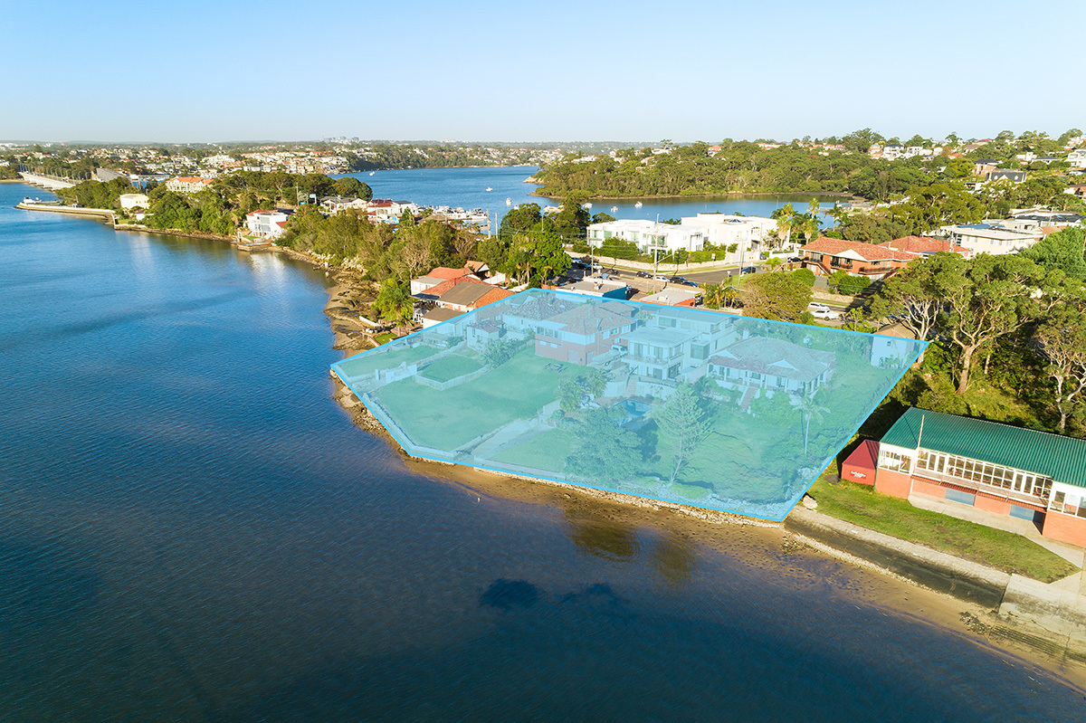 This exclusive site presents a rare finding to design waterfront apartments to capture the extensive downsizer market, hotel or aged care facility.