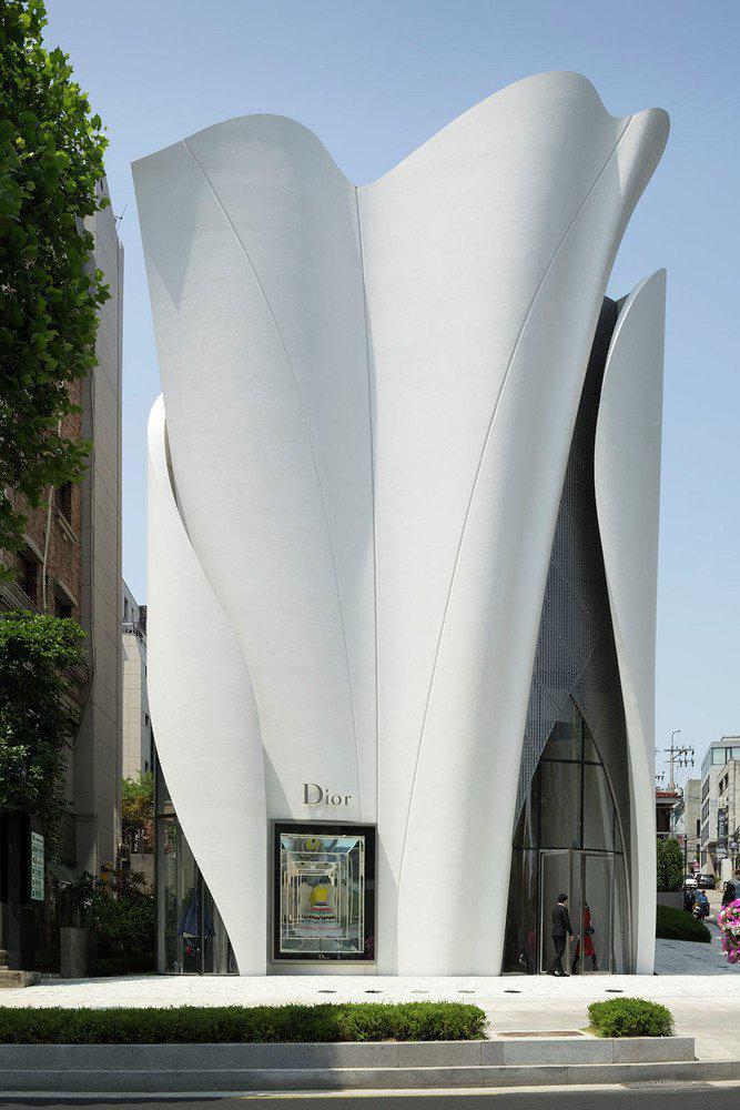 201116-DIOR-SEOUL_cNicolas_Borel_061.jpg