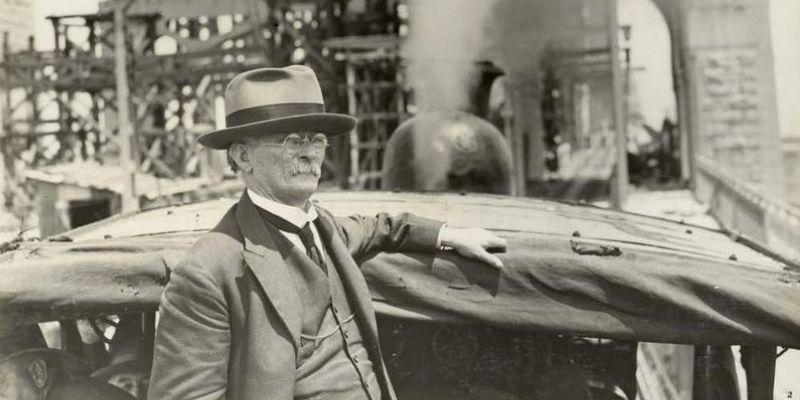▲ Bradfield in 1932 near the Sydney Harbour Bridge. Image: State Records NSW.