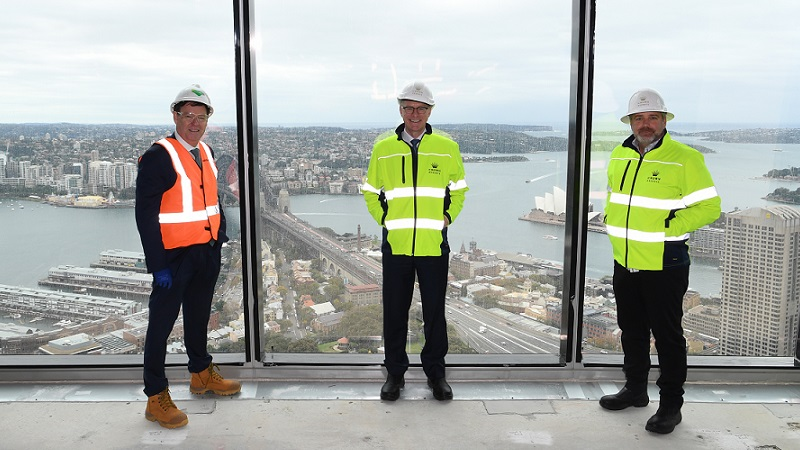 ▲Social distancing had to be maintained during the Crown Sydney, One Barangaroo site tour with Lendlease CEO Steve McCann, Crown CEO Ken Barton and Crown executive vice president Todd Nisbet.
