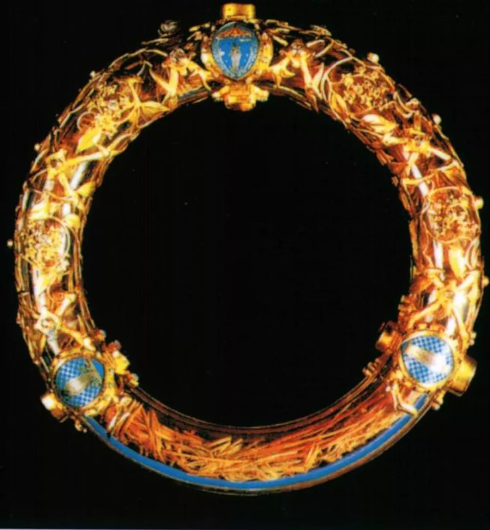 Couronne d epines, Crown of Thorns, Notre Dame Paris.