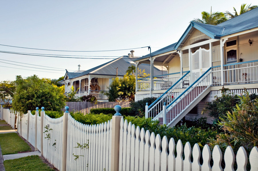 Brisbane house prices fell 0.4 per cent over the September quarter and grew 2.2 per cent over the year to $567,376.