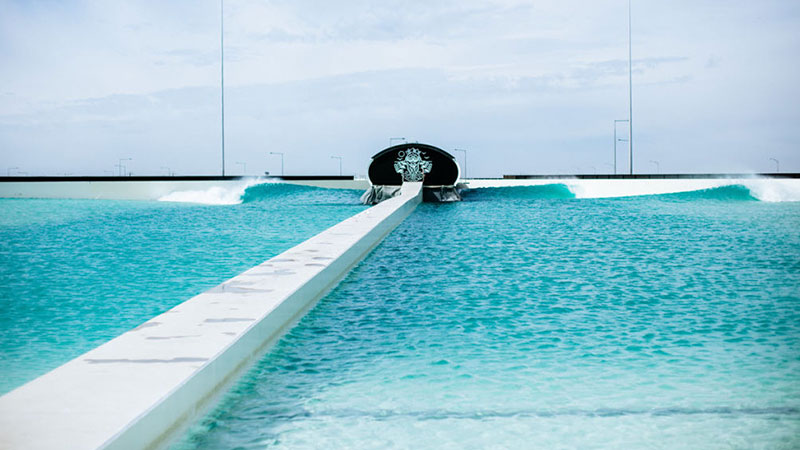 ▲ Australia's first surf park. Urbnsurf Melbourne uses technology developed by Spanish engineering firm, Wavegarden.