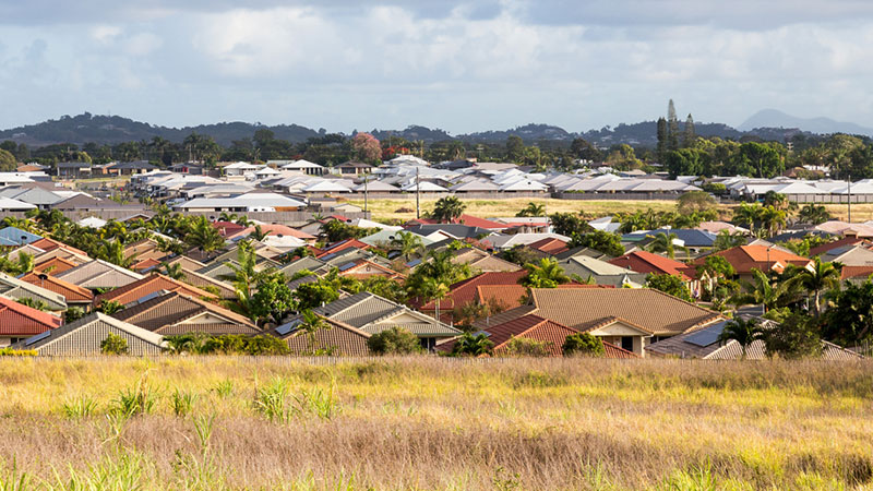 """▲ """"Shop around"""": New data published by the RBA and ASIC found that home loans originated four or more years ago had interest rates 40 basis point higher than recent home loans."""
