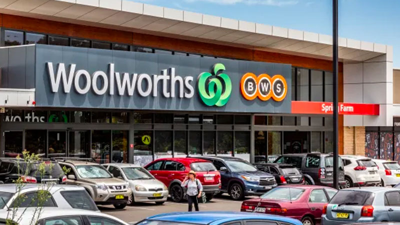 ▲ Sales growth at Coles and Woolworths is expected to remain elevated for more than a year as consumers eat more at home.
