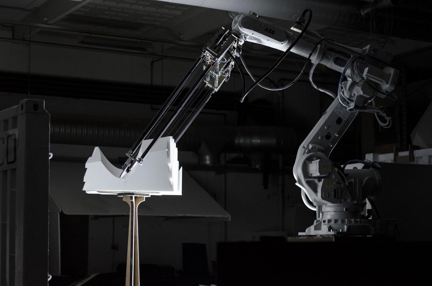 Aarhus School of Architecture's Revolutionary Robotic 2