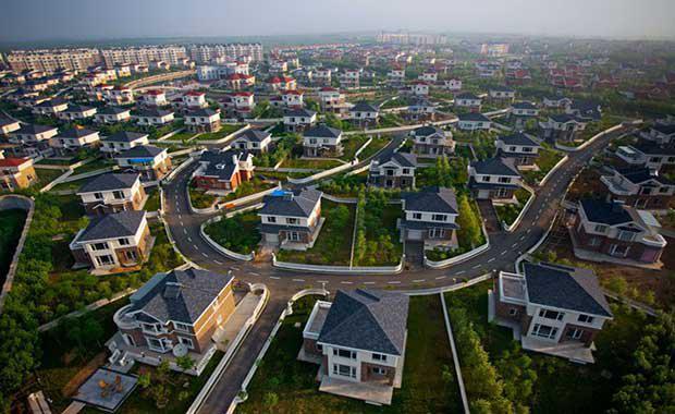 8-suburb-homes-7141