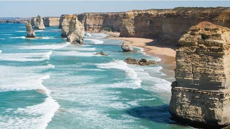 Victoria's Surf Coast Gets Development Protection. Image The 12 Apostles