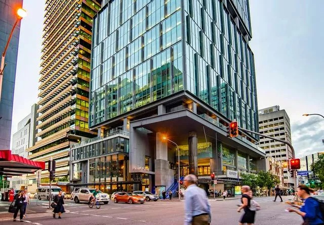▲ Cromwell accused ARA of conflicts of interest after ARA competed for the same real estate assets including 400 George Street (pictured).