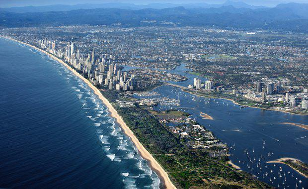 Aerial_Gold-Coast_620x380