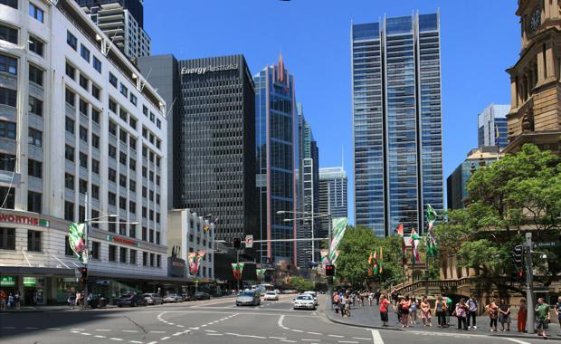 George_street_in_Sydney_Australia_620x380