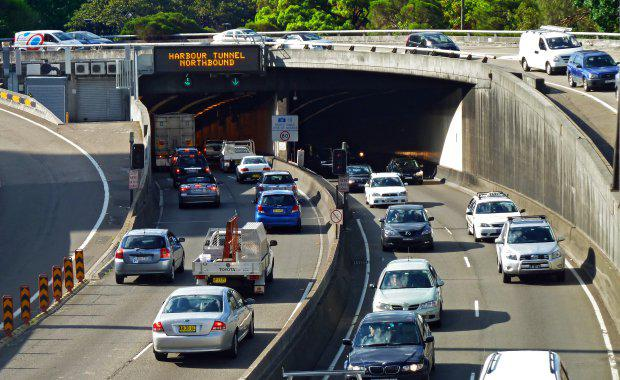 Infrastructure-harbour-tunnel-e1432513087213