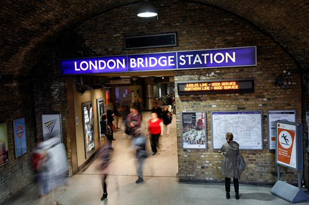 London-Bridge-Station-000022017998_Small