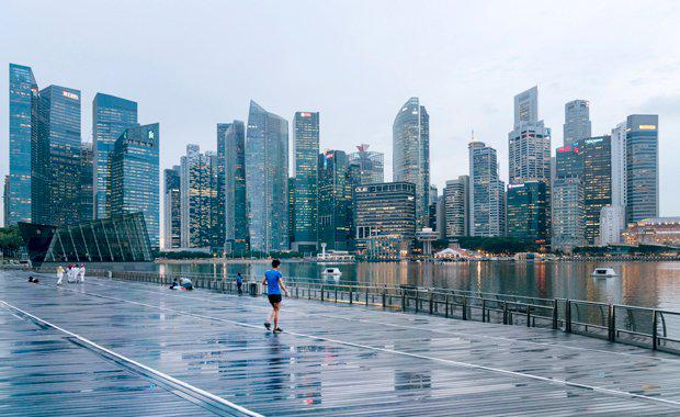 Lynton-Crabb-Singapore-City-620x380.jpg