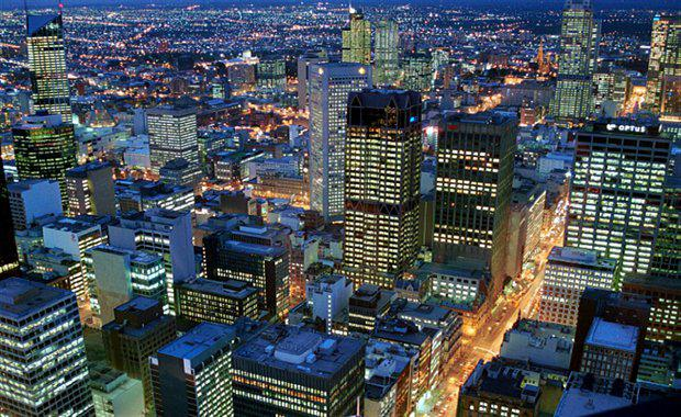 Melbourne-CBD-Night_620x380