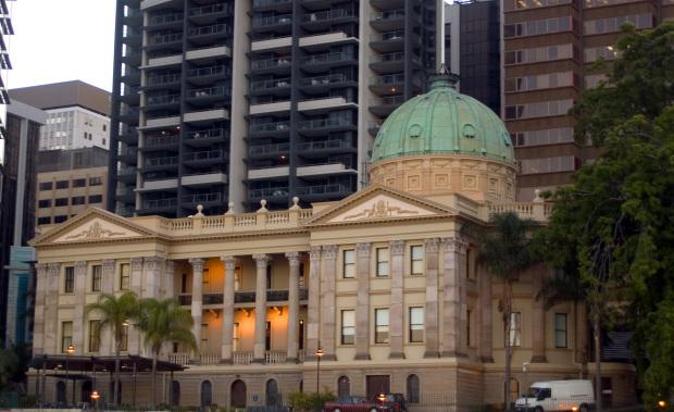 Old_Customs_House_Brisbane-e1452740065135