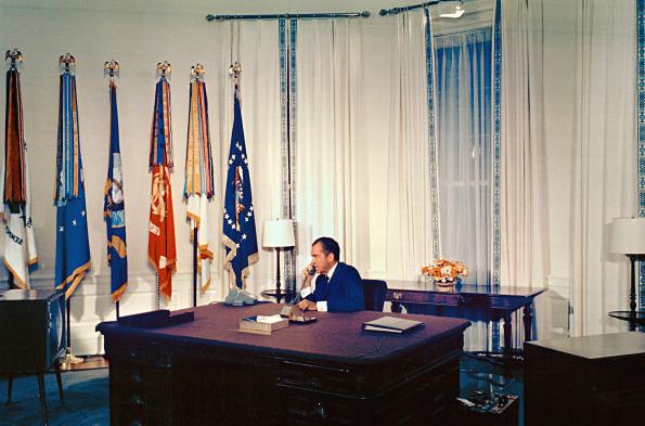 President Richard Nixon speaking with Apollo 11 astronauts in 1969. Source: whitehousemuseum.org