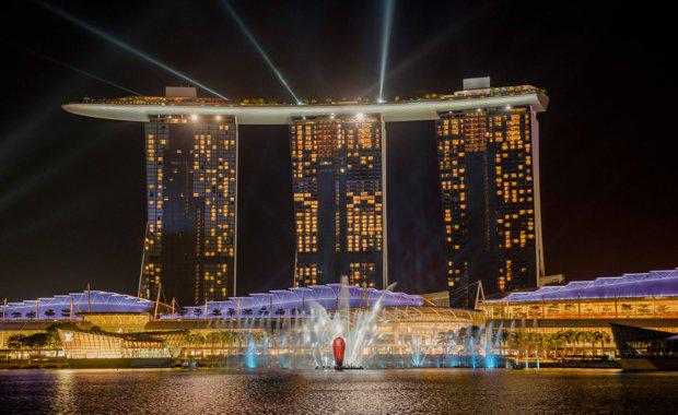 Spectra-Light-and-Water-Show-3_Credit-Marina-Bay-Sands_620x380