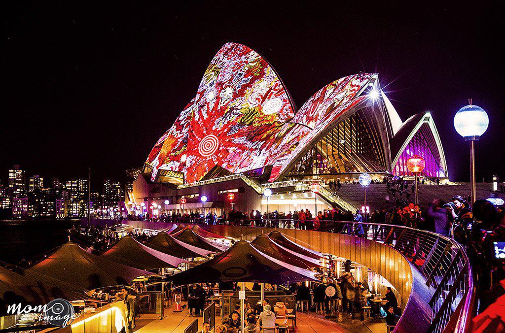 Sydney-Vivid-01.jpg