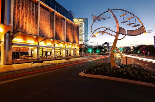 Probuild successfully delivered the $300 million construction contract to redevelop the QIC-owned Grand Central Shopping Centre in Toowoomba, Queensland.