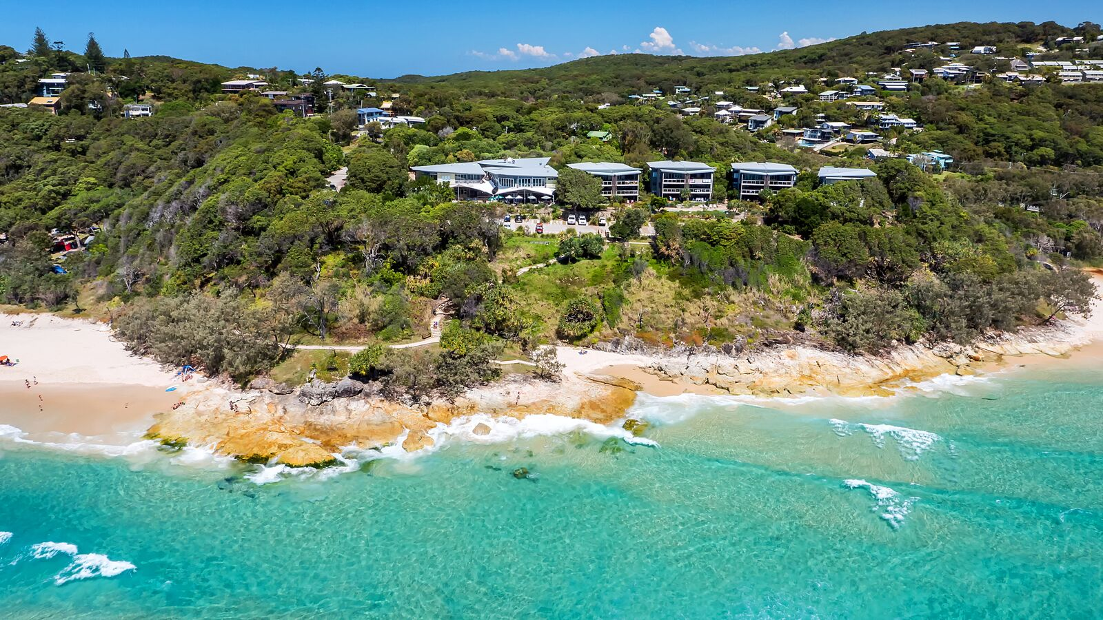 Connecting You To North Stradbroke Island: Stradbroke Island Beach Hotel Listed For Sale