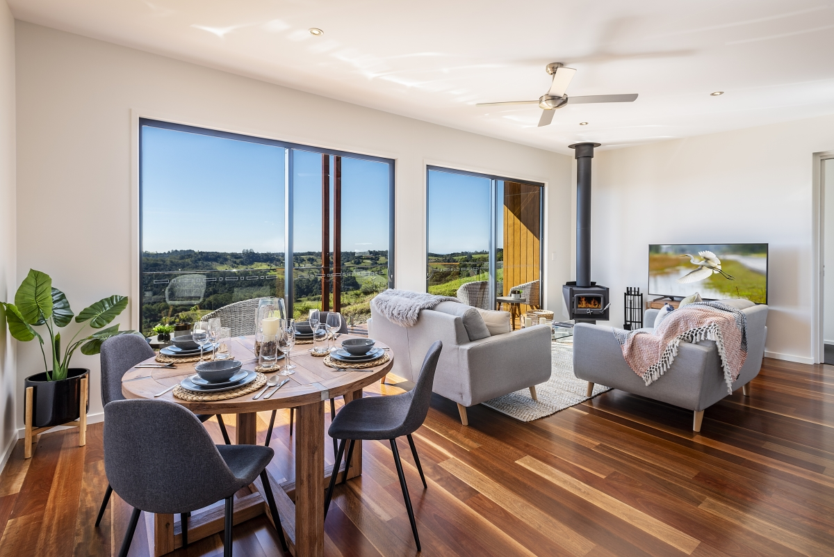 The fully-managed boutique development is located approximately eight minutes from the heart of the Maleny township, 30 minutes to Sunshine Coast beaches and just over an hour's drive from Brisbane.