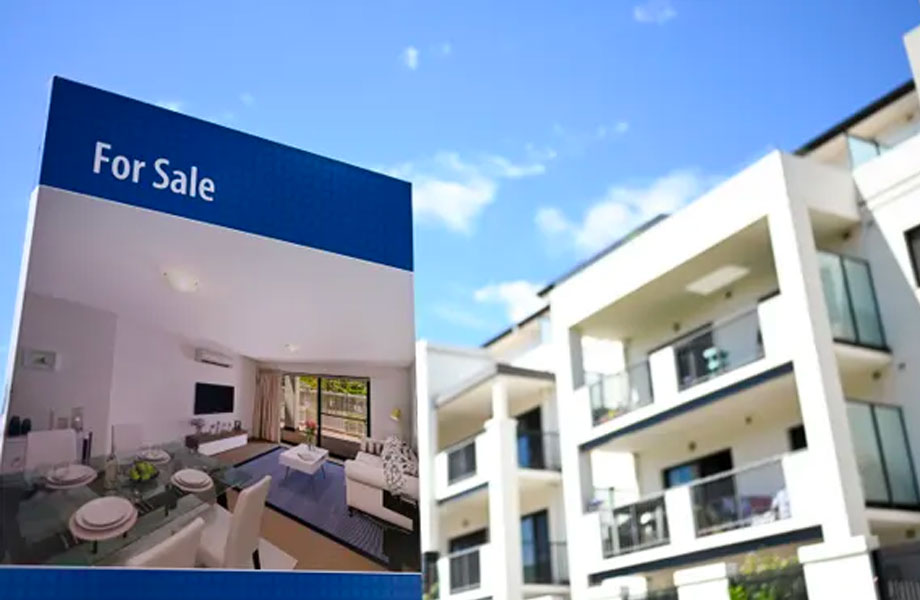 ▲ Economists believe that while the general sense is that things are now starting to improve in the housing market, it will take some time to translate that into increased house prices.