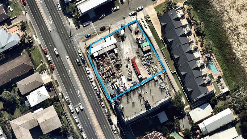 ▲ The 1644sq m site located on the corner of Gold Coast Highway and Seventeenth Avenue.