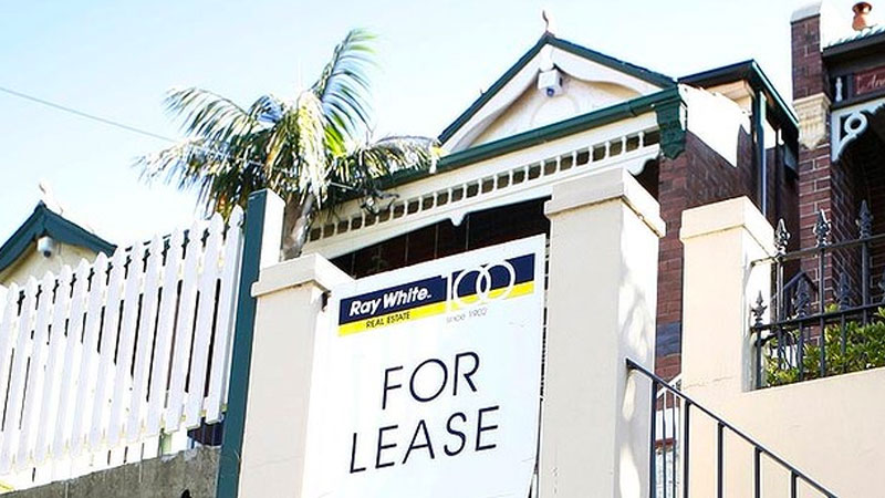 ▲ According to CoreLogic rents in the total Sydney and Melbourne regions were down 4.4 per cent for units over the month of August, while houses were down 1.3 per cent and 1 per cent respectively.