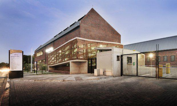 health_ntsika_architects_westbury_clinic_large.jpg