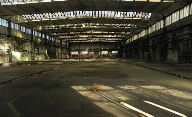 industrial-hall-295805_640