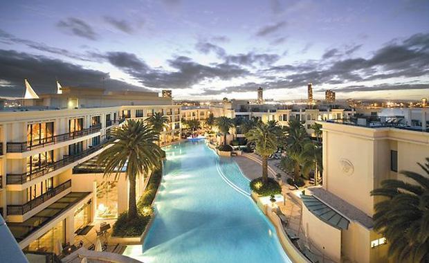 the-australian-palazzo-versace